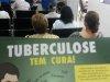 Profissional de saúde alerta para sintomas da tuberculose